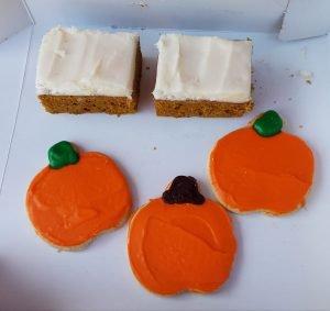 Pumpkin Treats at Handy Foods Ottawa IL by FlowerChick.com