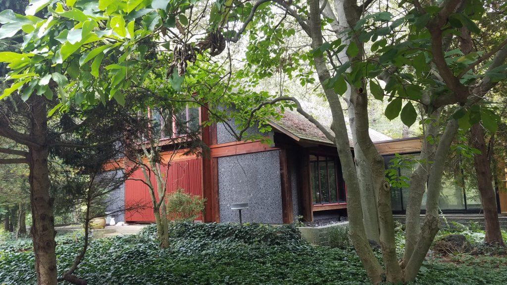 The home on the Brincka Cross Gardens property by FlowerChick.com
