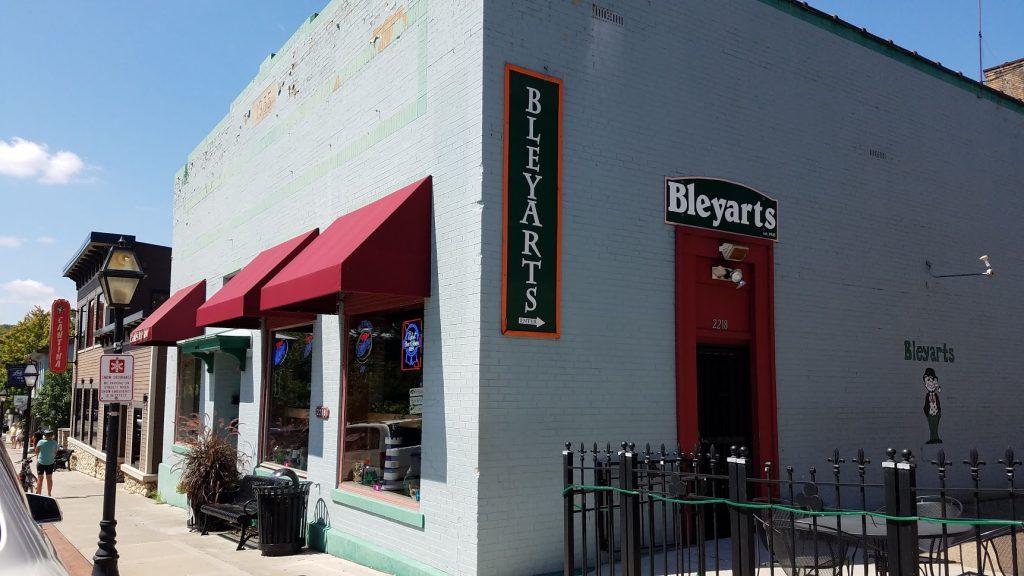 Bleyarts East Davenport by FlowerChick.com