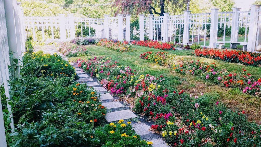 Butterworth Gardens by FlowerChick.com