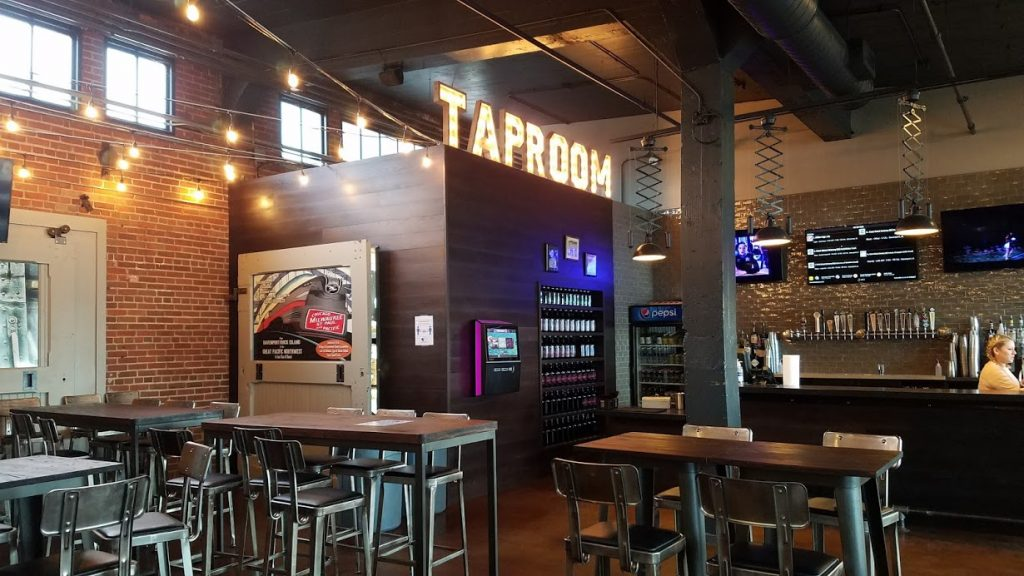 Front Street Taproom by FlowerChick.com
