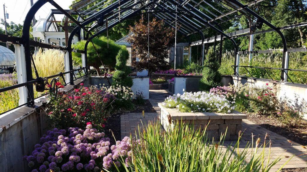 Longview Park & Gardens by FlowerChick.com
