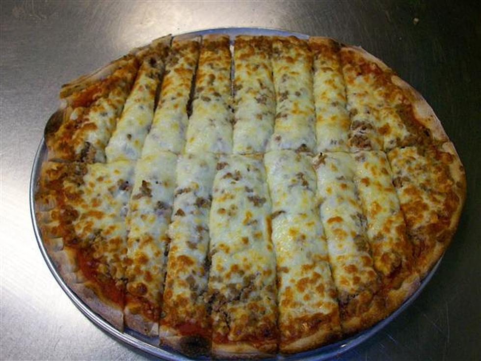 Quad Cities Style Pizza Cut Into Strips