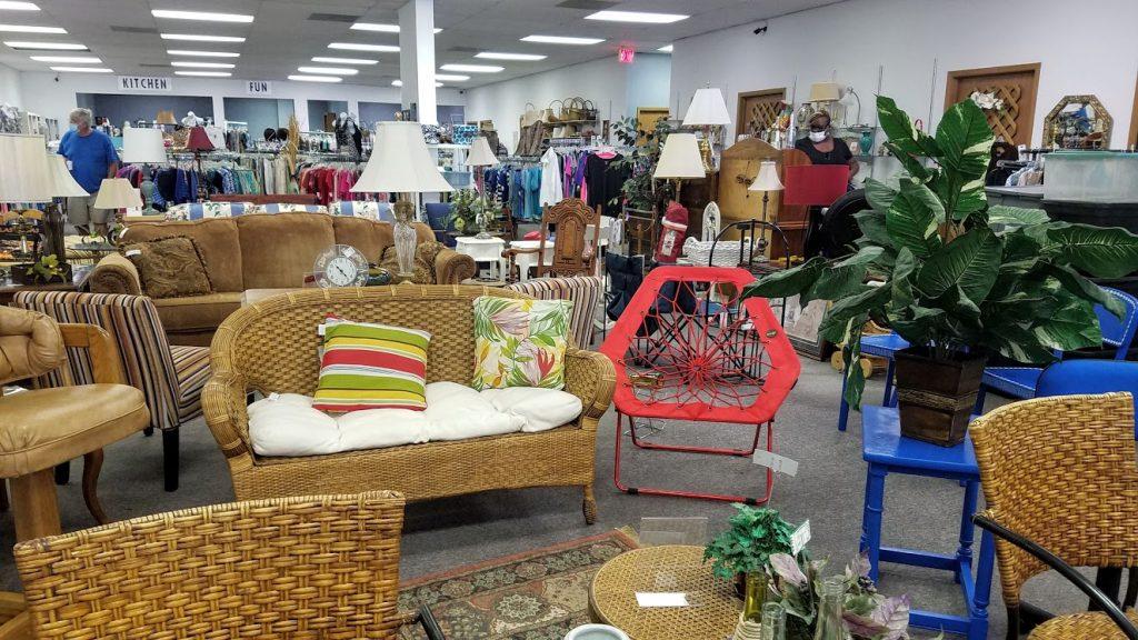 Resale Consignment Shop by FlowerChick.com