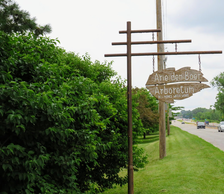 Des Moines Area Gardens and Arboretums