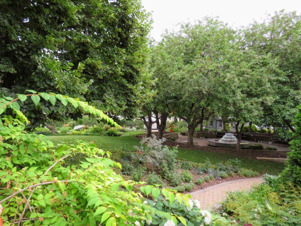 Test Garden at BH&G by FlowerChick.com