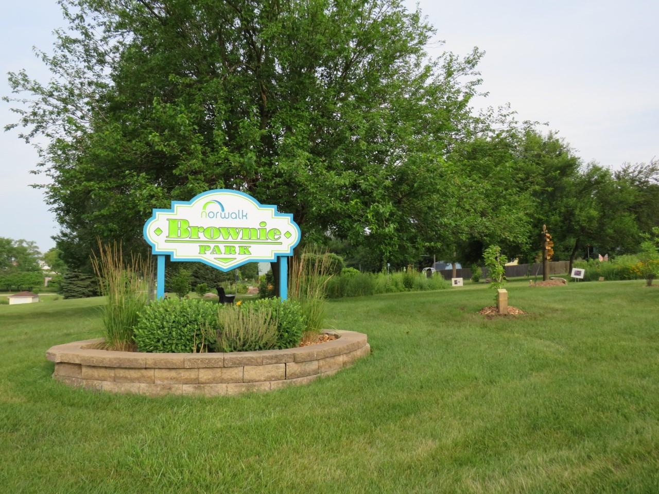Brownie Park Iowa by FlowerChick.com