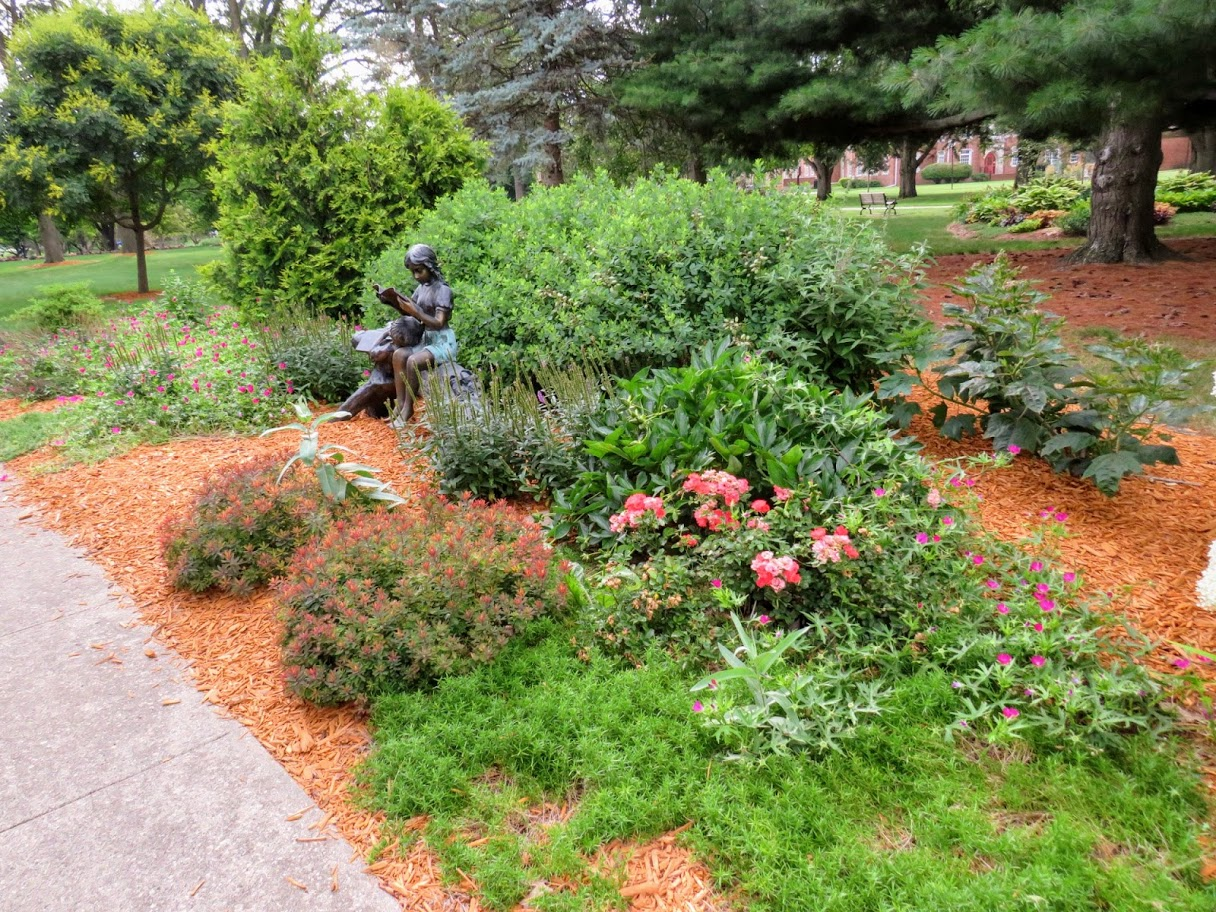 Buxton Park by FlowerChick.com