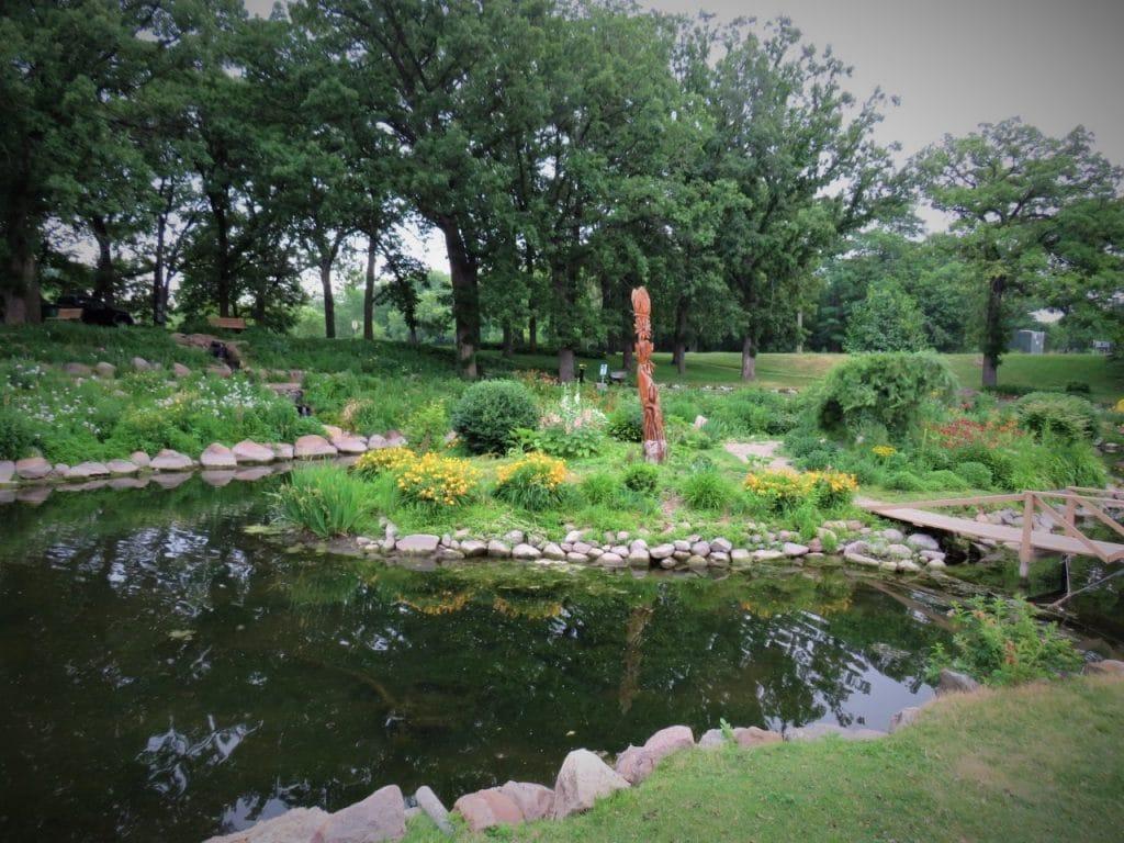 East Park Mason City IA by FlowerChick.com