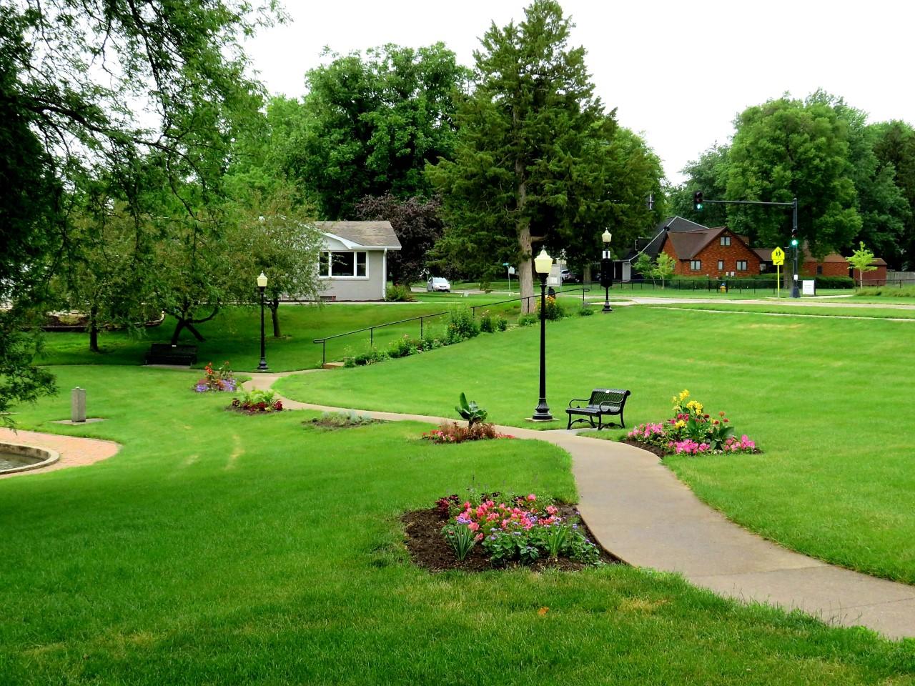 Sunken Gardens in Summer by FlowerChick.com
