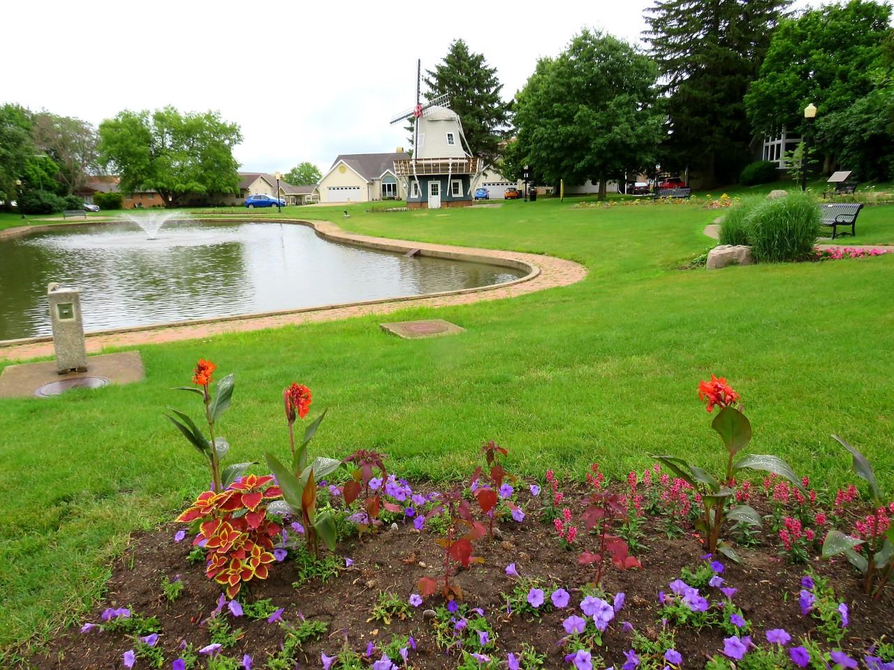 Des Moines Area Gardens