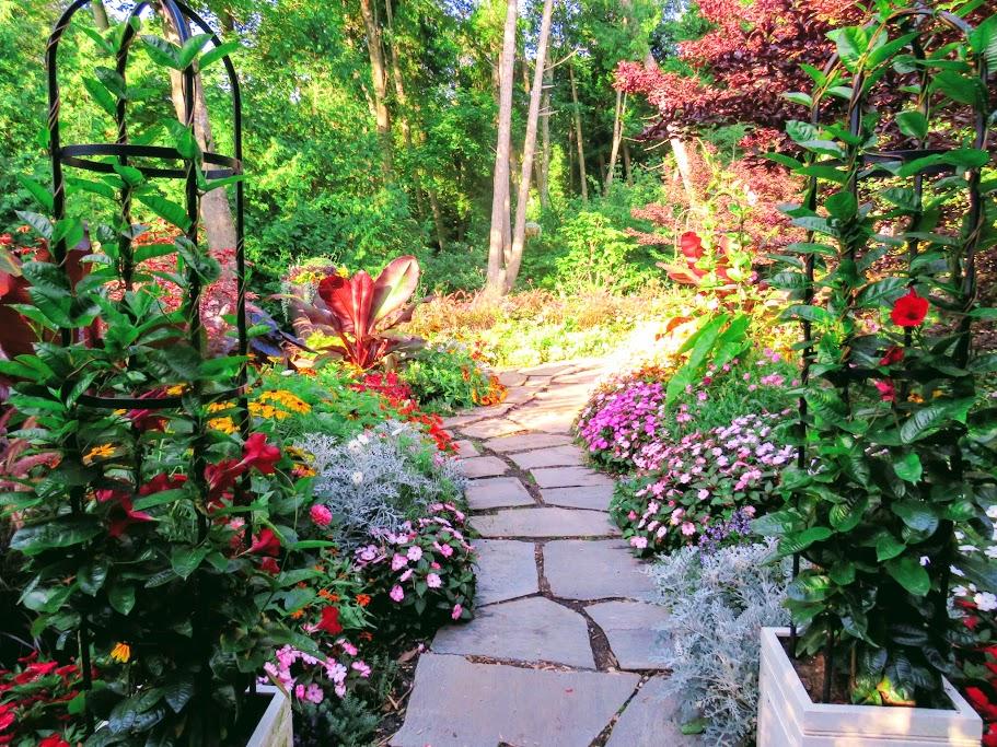 Grand Hotel Secret Garden by FlowerChick.com