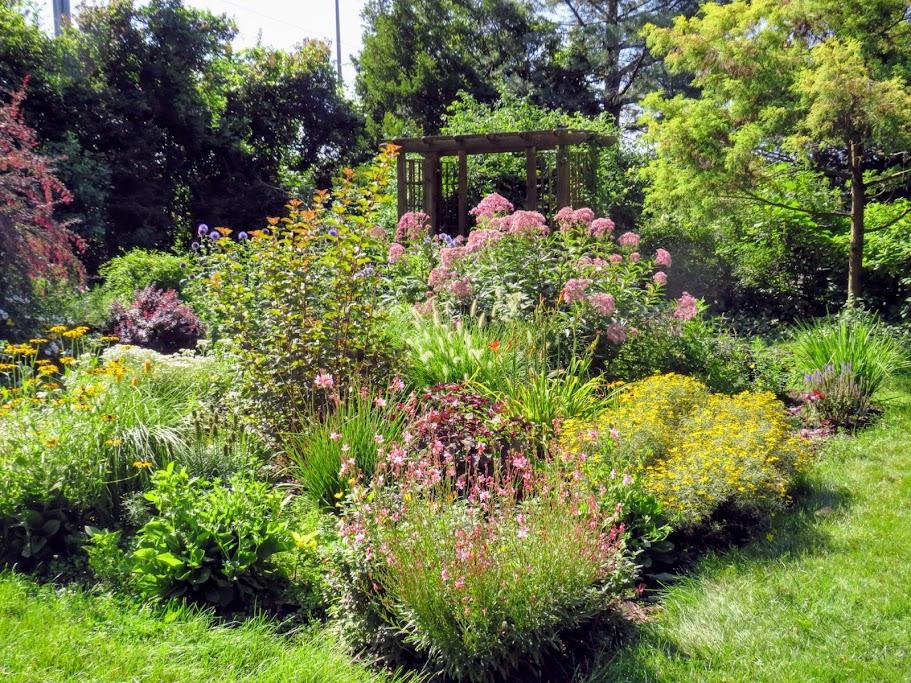 Cooley Gardens Lansing by FlowerChick.com
