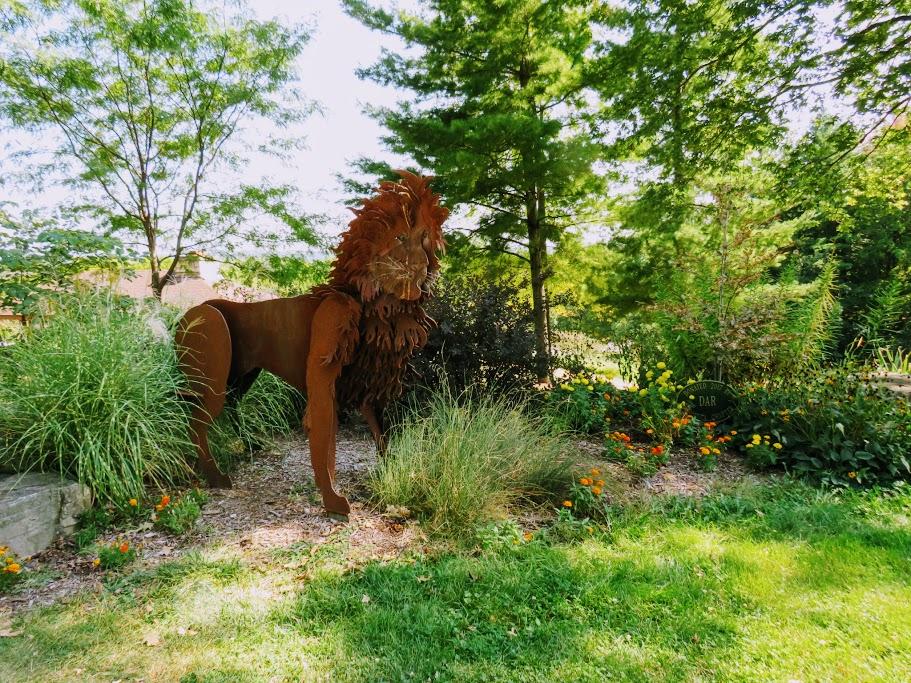 Weed Park Zoo Garden Muscatine Iowa