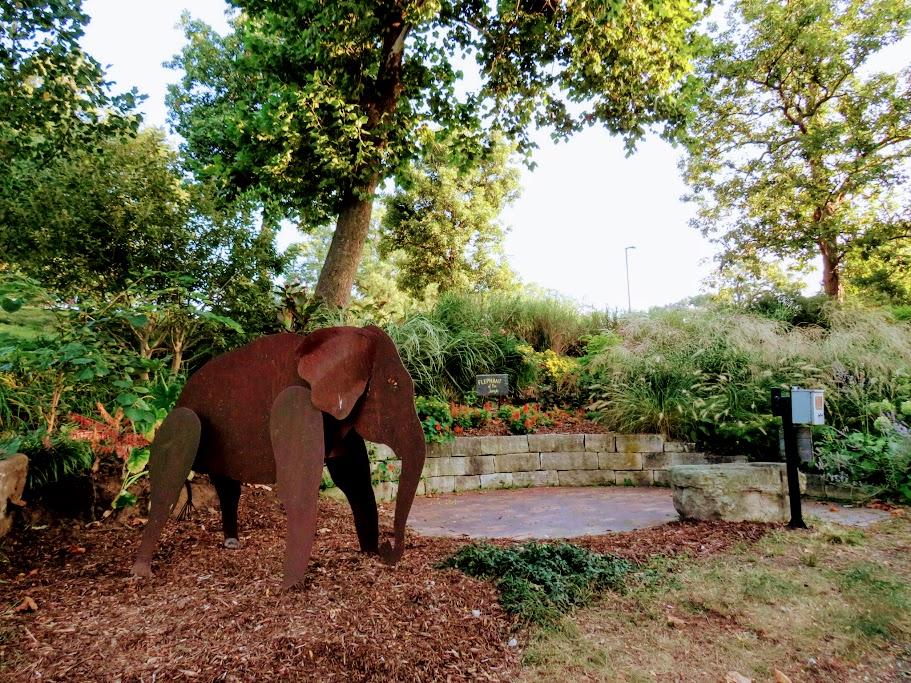 Weed Park Zoo Garden Muscatine